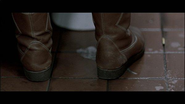 03-so-finster-die-nacht-dvd-brd-mfa-014-56