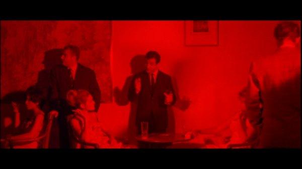 06-elf-uhr-nachts-dvd-s-universal-005-46