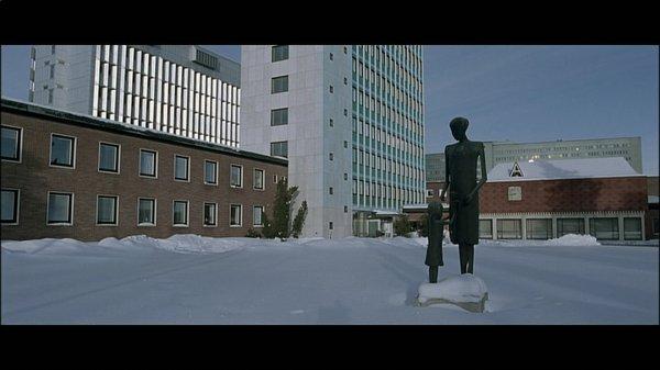 14-so-finster-die-nacht-dvd-brd-mfa-080-47